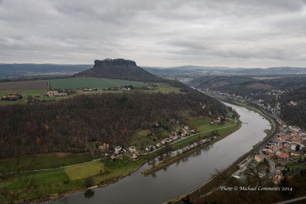 Die Elbe vor der Festung Königstein