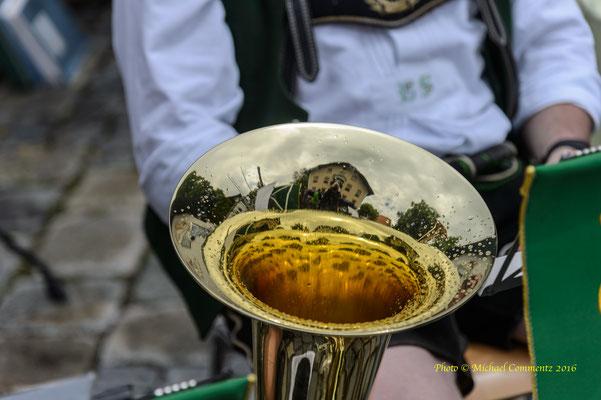 Musiker auf dem Flösserfest in Lenggries
