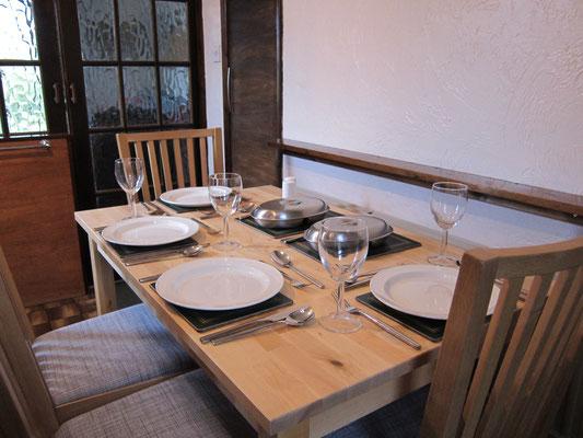 Cedarcroft dining
