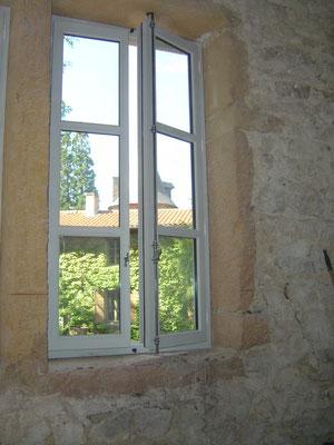 Fenêtre OF2 LAUVIE Menuiserie Bois à recouvrement