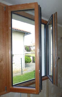 Fenêtre 2 vantaux oscillobattant mixte Bois/Alu Menuiserie