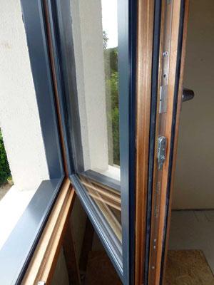 Fenêtre 2 vantaux mixte Bois/Alu LAUVIE Menuiserie