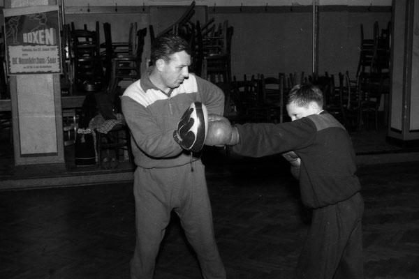 Helmut Schumacher (Trainer) mit Sohn