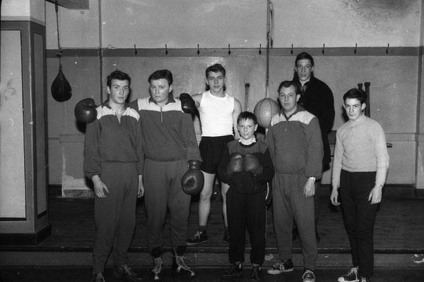 v.l. Guido Glück,Heinz Wienand,Rudolf Sünzenich,K.Schumacher,Helmut Schumacher(Trainer), Valentin Grieser