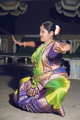 indische Tanzaufführung am Abend