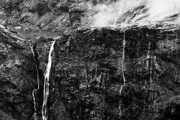 Schwarz-Weiß-Fotoprojekt by Thomas Heck, Grafikdesigner, Karlsruhe – Waterfall New Zealand
