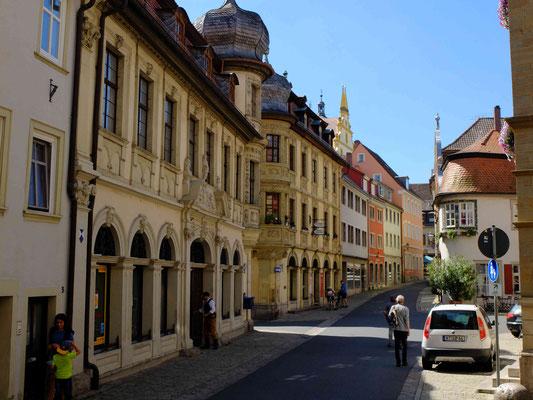 prächtige Renaissance-Bauten an der Marktstraße