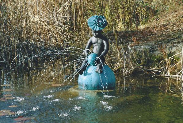 Seerosenbrunnen, 2005, Bronze, im Besitz der Künstlerin (#355)