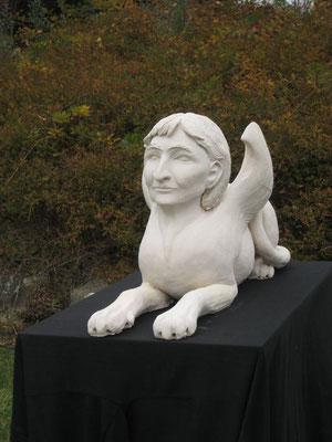 Sphinx von Juli Kovacs, Gipsguss, 2011 (#813)