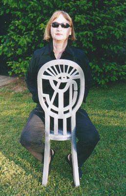 Auf dem Sonnen-Augen-Stuhl, 2004