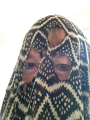 Selbst mit Burka, 2015