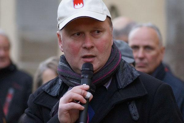 Dietmar Herold begrüßte im Namen des Fördervereins die beiden Jagdgesellschaften, die Jagdhornbläser und die erschienenen Gäste.