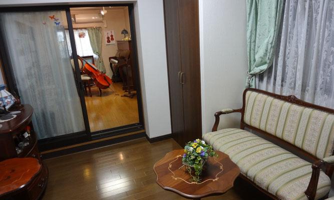 レッスン室 1 A-durバイオリン・チェロ教室