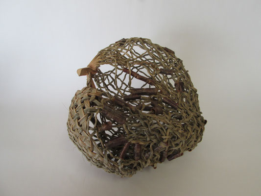 Hart Nest,    windmill palm,cherry bark,  24 x 13 x 22 cm,    2015