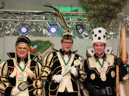 Dreigestirn 2016: Prinz Torben I. (Nicoll), Bauer Julian (Sprung), Jungfrau Nicole (Niko Müllegans)