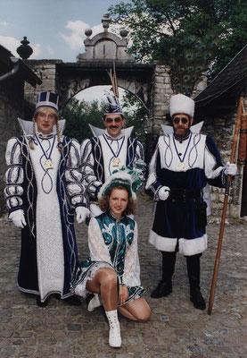 Dreigestirn 1998: Prinz Max I. (Max Schumacher) , Bauer Erich (Hermanns), Jungfrau Wolfgang (Maaßen)