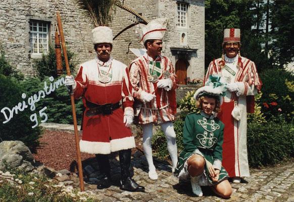 Dreigestirn 1995: Prinz Norbert I. (Norbert Haupts), Bauer Benno (Klemt), Jungfrau Wolfgang (Hoffmann)