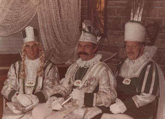 Dreigestirn 1980: Prinz Gunther Weyer (Gunther I.), Bauer Alois Stickelmann, Jungfrau Jean Weber