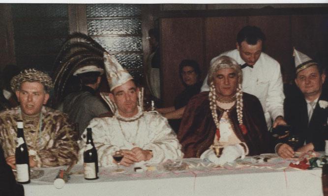 Dreigestirn 1966: Prinz Lambert Hoffmann (Lambert I.), Bauer Heinz Bartz, Jungfrau Gerd Könen