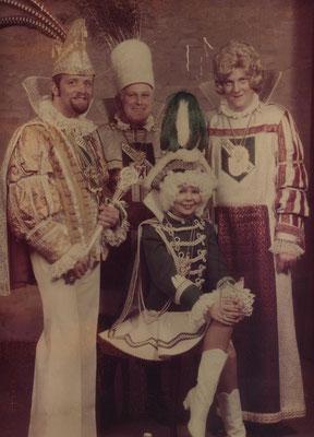 Dreigestirn 1978: Prinz H.J. Neumann (Jupp I.), Bauer Gerd Pfau, Jungfrau Jürgen Hoppenheit