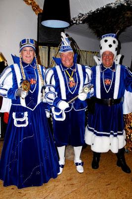 Dreigestirn 2008: Prinz Hans I. (Evers), Bauer Uwe (Sieberichs), Jungfrau Wilma (Willi Wilms)