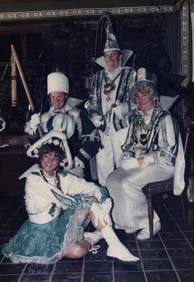 Dreigestirn 1988: Prinz Jürgen Hoppenheit (Jürgen I.), Bauer Hans Jürgen Gatzweiler, Jungfrau Rainer Metellus