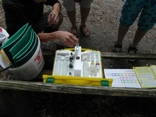 Laborkoffer für die Wasserporben
