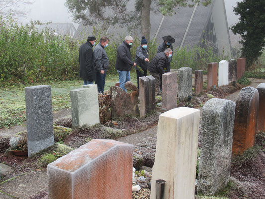 Bei jedem Grab gab es etwas zu erzählen......