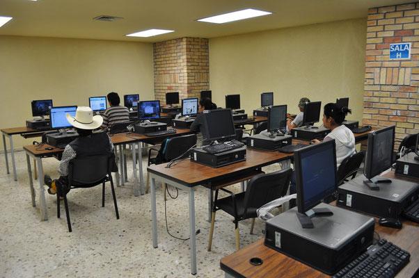 Equipos de computo seminuevos venta, equipos de computo seminuevos para escuelas, equipos de computo seminuevos para ciber, venta de computadoras seminuevas, venta de computadoras para ciber, computadoras usadas, computadoras de medio uso