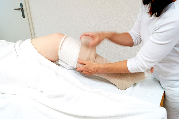Manuelle Lymphdrainage inkl. Kompressions-Bandage in der Gesundheits-Oase Baldingen, Nähe Bad Zurzach, Lengnau, Döttingen