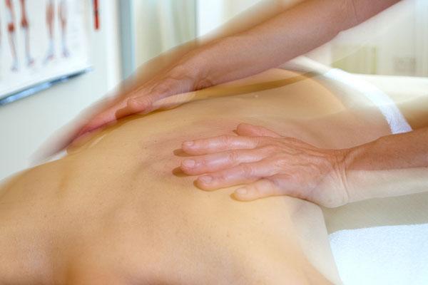Dynamische Wirbelsäulentherapie auf dem Schwingkissen in der Gesundheits-Oase Baldingen, Nähe Bad Zurzach, Lengnau, Döttingen