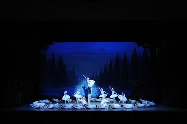 第11回発表会 - 『白鳥の湖』より第2幕