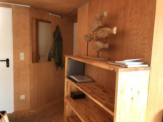 Innenbereich Hausboot 3, Zugänge zu den zwei Schlafräumen