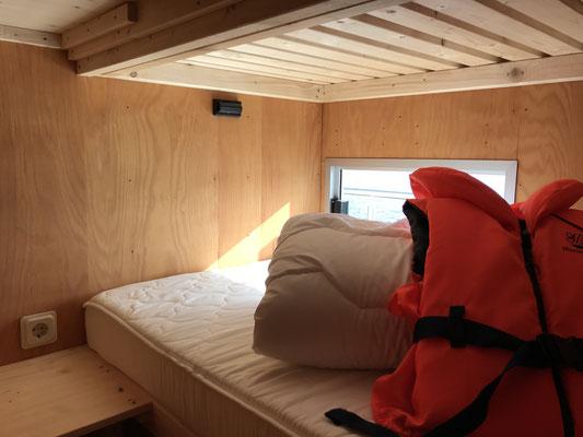 Etagenbett für 2 Personen (separater Raum)