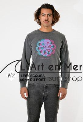 L'Art en Mer Surf Shop Les Lecques Jonsen Island sweatshirt-gustavo-dizzy-black-fade-out