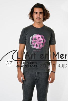 L'Art en Mer Surf Shop Les Lecques Jonsen Island t-shirt-classic-dizzy-black-fade-out