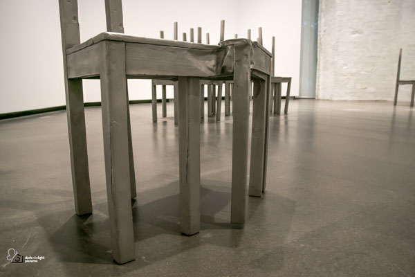 Doris Salcedo, Thou less