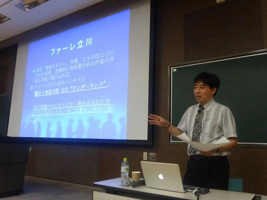 山梨大学・読売新聞 連続市民講座で講演する井坂先生