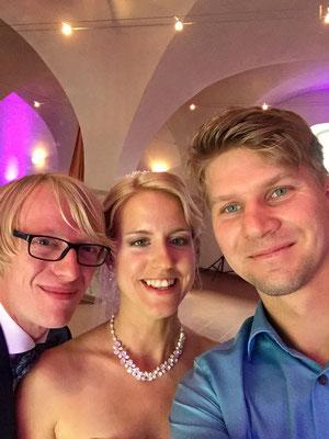 Selfie mit dem Hochzeitpaar:)