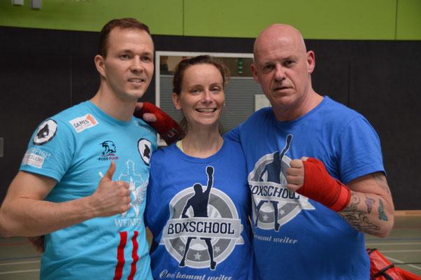 Dima Weimer, Sozialpädagogin Frau Herzog und Boxschool-Trainer Michael Mock.