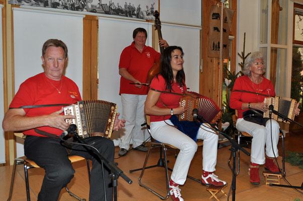 07.11.2010, 13ème dimanche folklorique, Marin, Örgeli-Stärne, Hinterkappelen (BE)