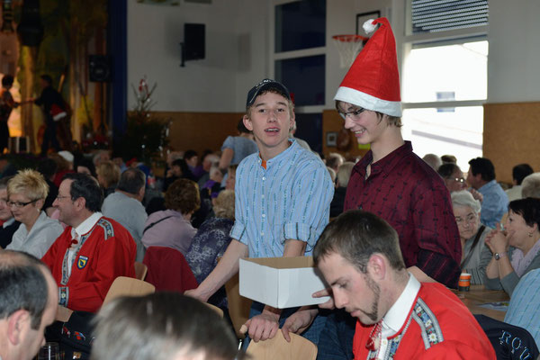 20e Noël folklorique de Cortébert / Le public est venu en nombre (environ 400 visiteurs) / 26.12.2012