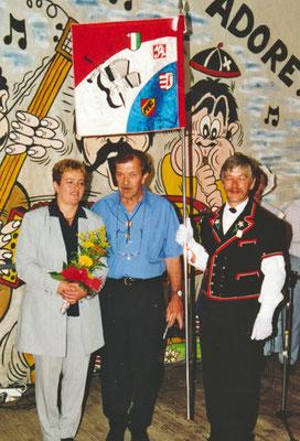 1999 Inauguration de la bannière au Peu-Péquignot / bannière côté B