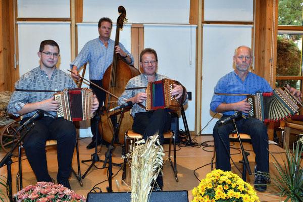 Dimanche champêtre Marin / Oberthaler Oergeler / (BE) / 4.11.2012