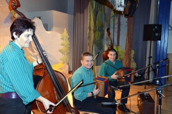 20e Noël folklorique de Cortébert / ST Geschwister Zmoos, Montsevelier (JU) / 26.12.2012