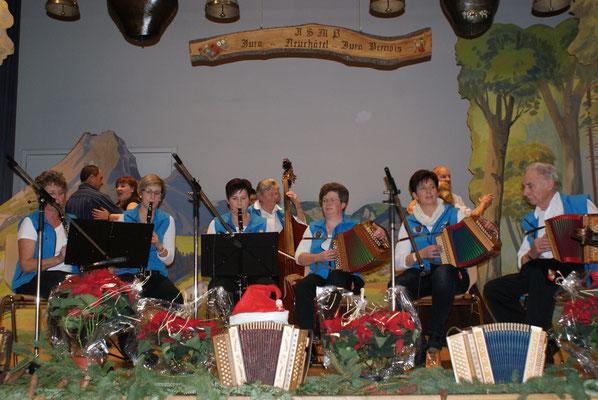 26.12.2014 / Noël folklorique de Cortébert / Ländlerkapelle Honegg, Teuffenthal / Photo: Olivier Odiet