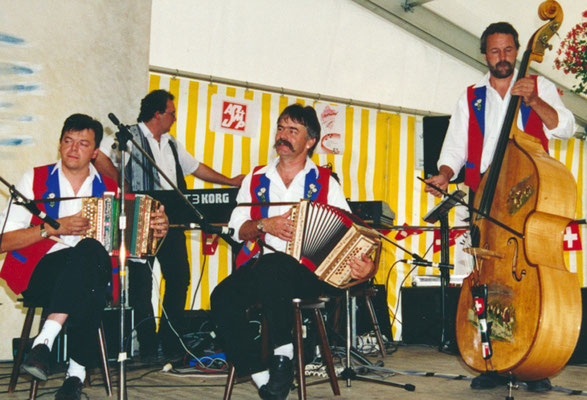 1999 Orchestre Antoine Flück (Antoine Flück, Frédy Baumann, Sébastien Grillet, Philippe Russi)