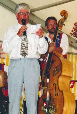 1999 Le président romand Edgar Favre sous l'oeil attentif de Frédy Baumann