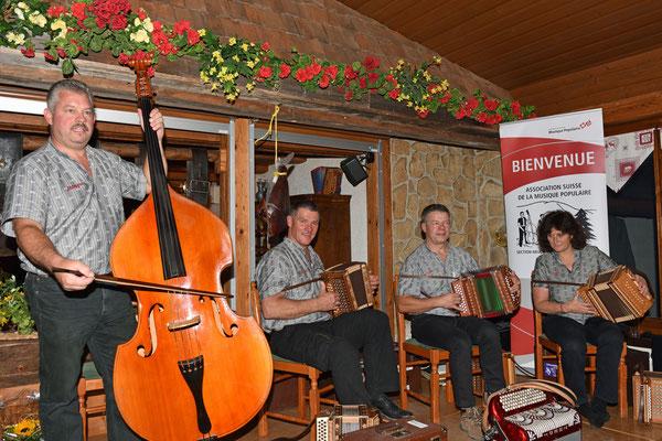 17.10.2015 / 30e anniversaire de la section / Orchestre invité, ST Roger Liebli