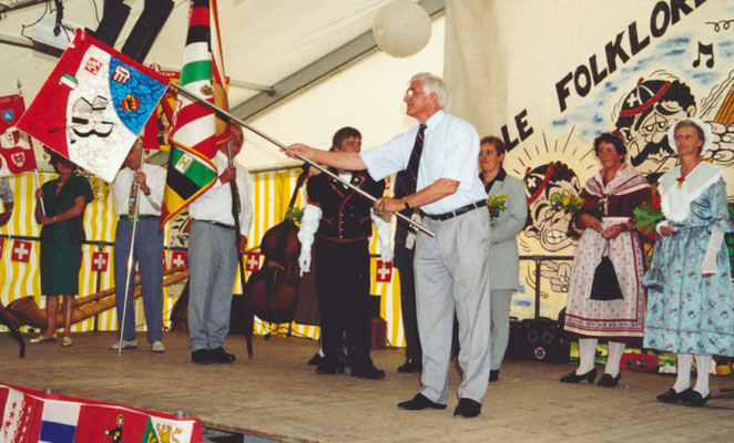 1999 Manfred Klossner, vice-président du comité central